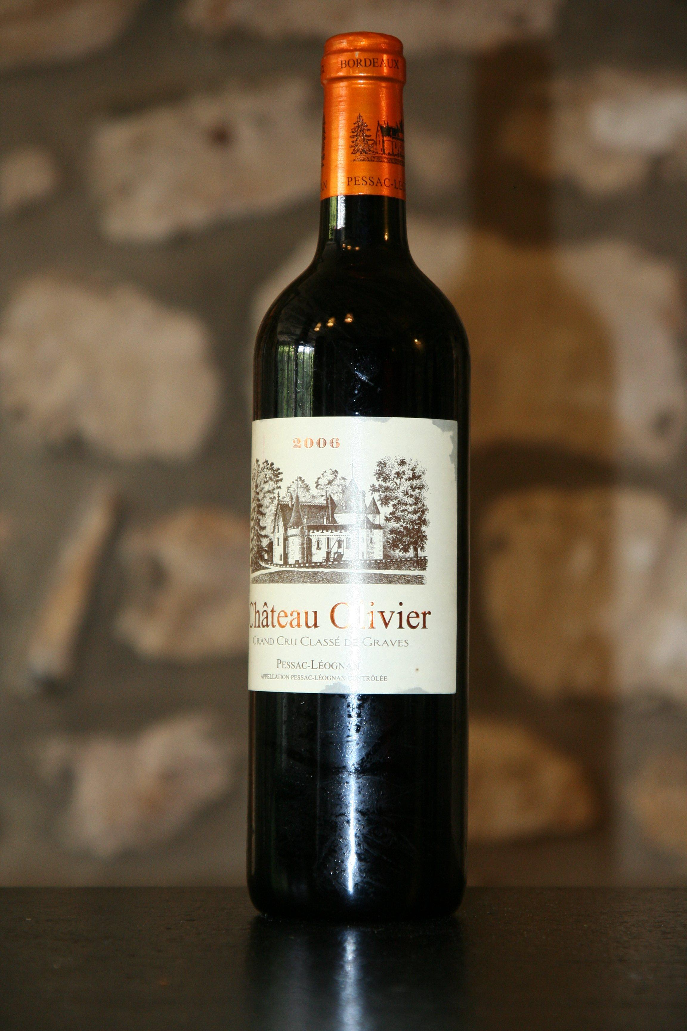 2006 ch teau olivier wine red for Chateau olivier
